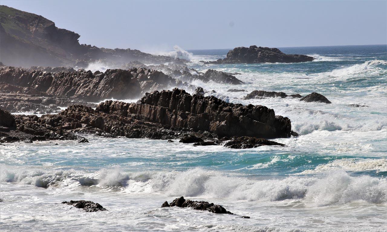 Wild seas, Robberg Nature Reserve.